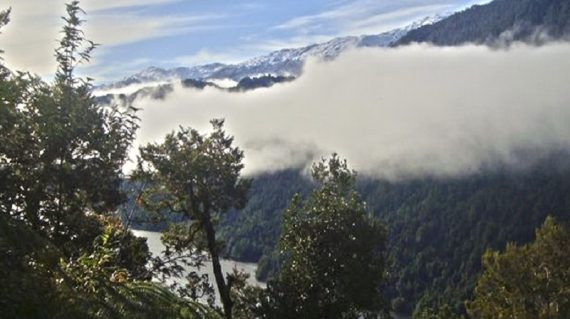 Lago Risopatrón visto desde el sendero